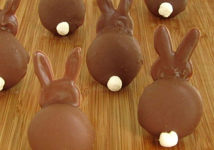 chocolate bunnies made with Nilla wafers